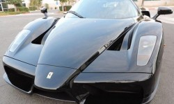 Ferrari : Enzo Base Coupe 2-Door